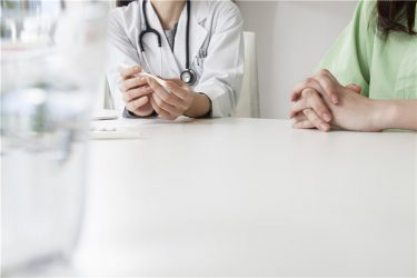 乏精子症のため顕微授精へ。ロング法での排卵誘発は適しているのでしょうか?